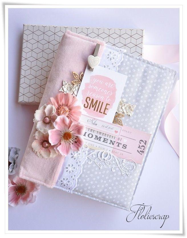 Bonjour !! Suite à une commande, je viens vous présenter un album de naissance fait pour la petite Soléa. Un mini dont la couverture est en tissu et dont l'intérieur est rempli de pochettes et cachettes. Bonne découverte ! Voilà pour aujourd'hui ! Merci...