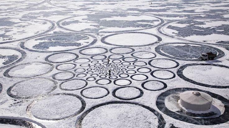 The Colossal Land Art of Jim DenevanIceart, Ice Art, Art Circles, Lakes Baikal, Ice Circles, Jim Denevan, Landart, Crop Circles, Land Art