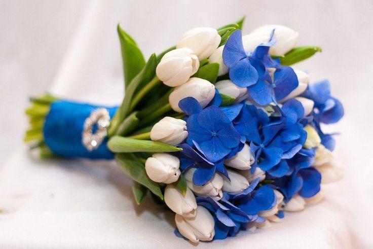 Бросаем букет невесты или как выйти замуж? http://anymenu.ru/brosaem-buket-nevesty-ili-kak-vyjti-zamuzh/  Если вы ожидали найти в этой статье 10 советов, как выйти замуж, то я вас разочарую. Речь у нас пойдет о цветах и букетах.Конечно, тема цветов и букетов, не совсем вписывается в тематику нашего сайта. Но сейчас весна – самое время цветов, душа поет, хочется праздника и много-много цветов! Именно поэтому, решила поделиться с вами