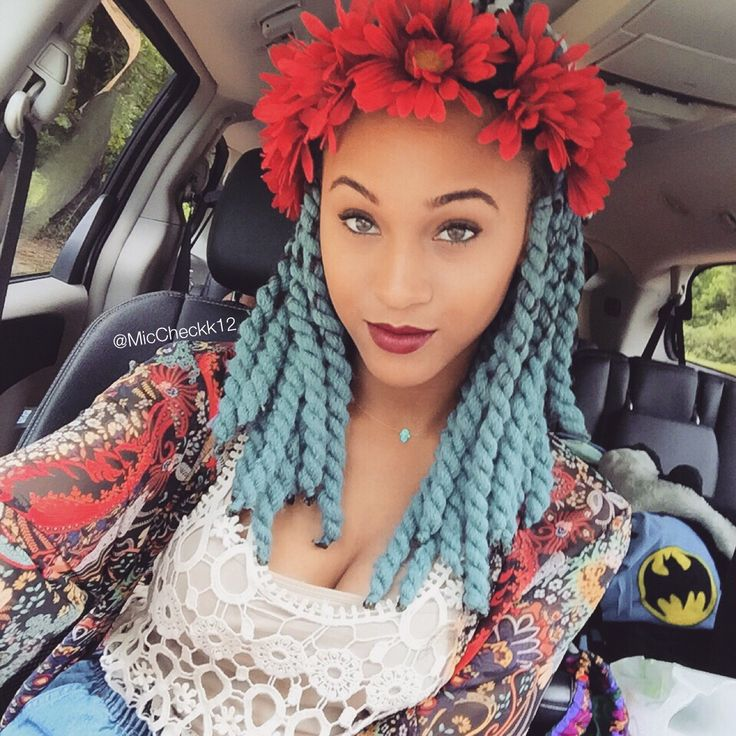Blue Chunky Yarn Twists - IG @MicCheckk12 #yarnbraids # ...