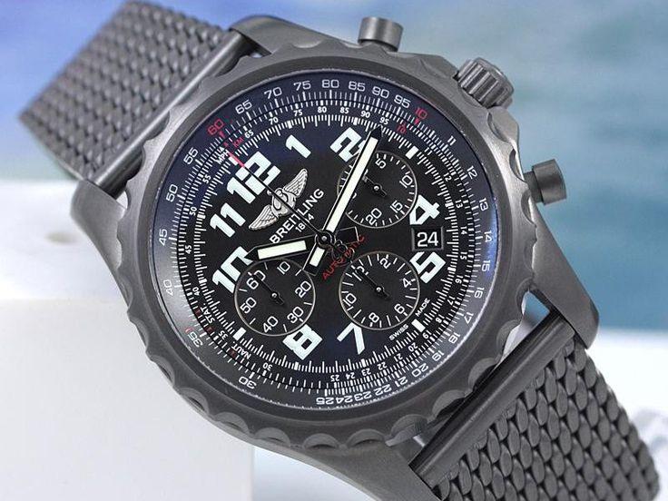 Για τους επιχειρηματίες ένα ρολόι δεν χρησιμεύει μόνο για να λέει την ώρα. Αποτελεί σύμβολο κύρους, δύναμης και χρημάτων. Το Crown & Caliber, ένα e-shop για πολυτελή ρολόγια βρήκε τι ρολόγια προτιμούν οι ισχυρότεροι CEO του κόσμου και τα παρουσιάζει. 1) Νταγκ ΜακΜίλον, πρόεδρος και CEO της Walmart Ο πρόεδρος της Walmart φοράει συνήθως ένα σχετικά φθηνό ρολόι, το Citizen Skyhawk, που πωλείται έναντι 479 δολαρίων στην ιστοσελίδα της Walmart. 2) Τιμ Κουκ, CEO της Apple Αντίστοιχα, σπάνια βλέ...