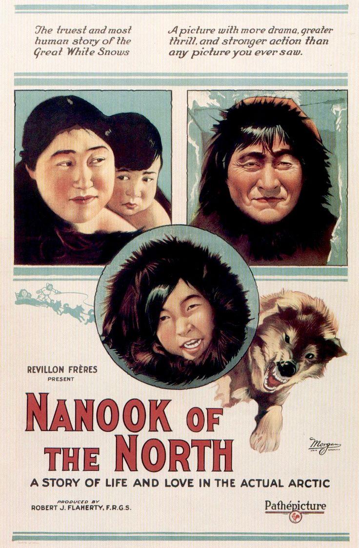 """Nanook, o Esquimó (Nanook of the North – 1922) Dir: Robert J. Flaherty. Durante um ano, o diretor acompanhou a vida de uma família inuit à beira do Ártico. Nanook, o """"urso"""", é o pai caçador, responsável pela sobrevivência, por caçar morsas, focas e pescar. Ver o documentário é sentir na pele a vida extrema. É conhecer a inteligência primitiva de construir um iglu e se aquecer a temperaturas mais adequadas a ursos polares. Um ano após a filmagem, a família morreu de fome durante uma nevasca."""