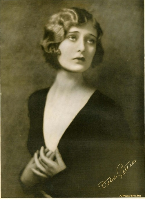 Dolores Costello - grandmother of Drew Barrymore