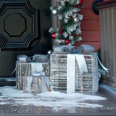 176 Best Christmas Decorating Ideas Images On Pinterest - Lighted Christmas Boxes