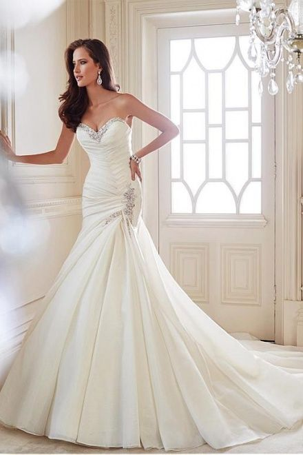 Mermaid Sweetheart Pleated Chapel Train Fashion Wedding Dress