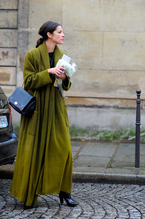 Pea green with envy. Rue Berryer in Paris.:
