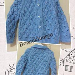 Güzel oldu bence🙋 🐥🐝🐞 #bebekhırkası #bebekörgüleri #severekörüyoruz #örgüaşkı #knitting #knittinglove #instaknit #knittingforbaby #stricken #strikking #tricot #instagood #instalike #yarn #crochet #ministrikk #babystrikk