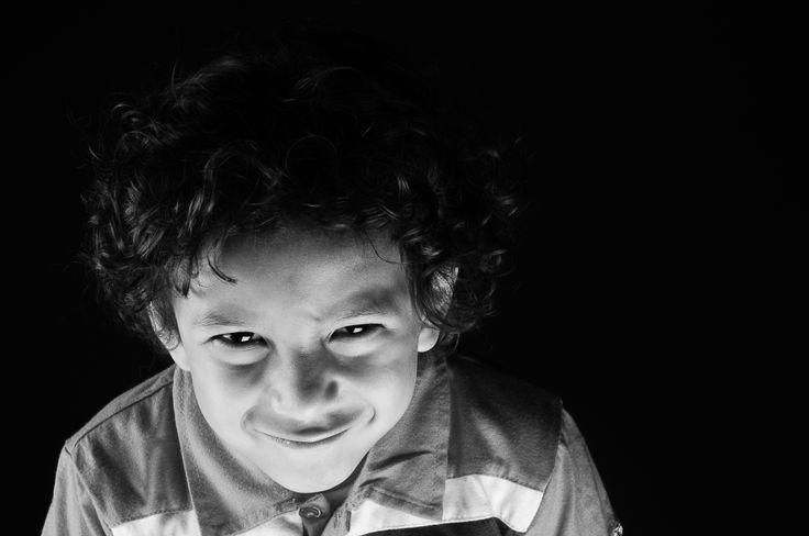 Fotografías tomadas con cámara profesional en blanco y negro dando un gran detalle en la piel a la fotografía.