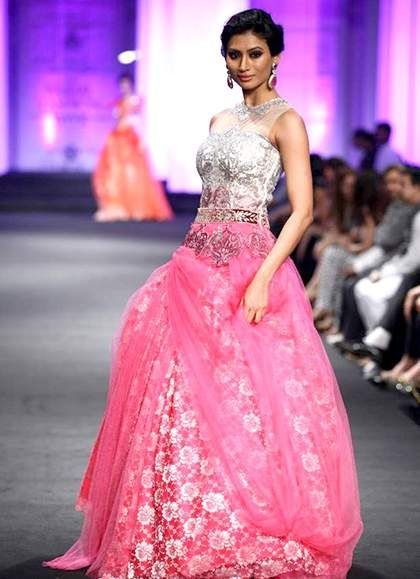 Agnimitra Paul Fall Winter 2016-2017 Collection Lakme Fashion Week
