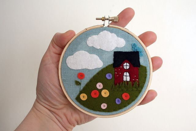 redhouse by Melissa Crowe, via Flickr: Simple Ornaments, Crafty Lawyers, Photo Shared, Hoop Art, Cities Hoophous, Stitches, Cities Hoop House, Redhous, Crafts