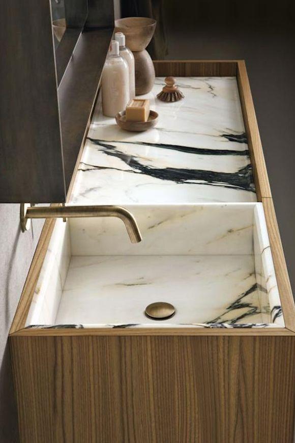 #bathroom #badkamer #marble #marmer #hout #wastafel #luxe www.leemconcepts.nl