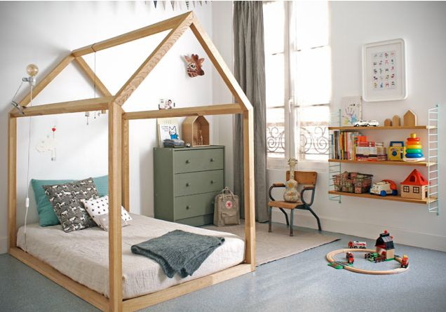 Kids room - House shaped bed frame - Good for fort making! (This is such an excellent idea!)