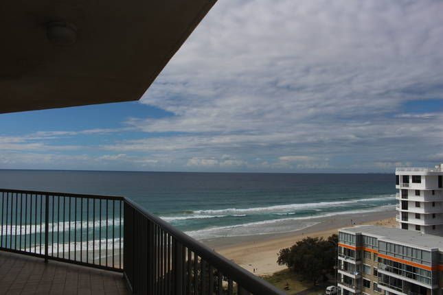 Surfers Paradise Beachfront, a Surfers Paradise Apartment | Stayz