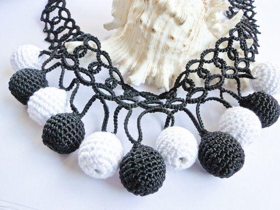 Lace Tatting Necklace with Crochet Beads [0035nk] Necklace, Crochet Necklace, Tatting Necklace,Crochet,Tatting / Katarzyna Bodera Sandycraft