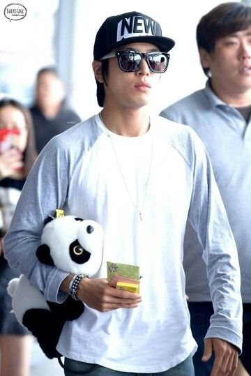 Jung Yonghwa @ Incheon Airport back from Taiwan 140728