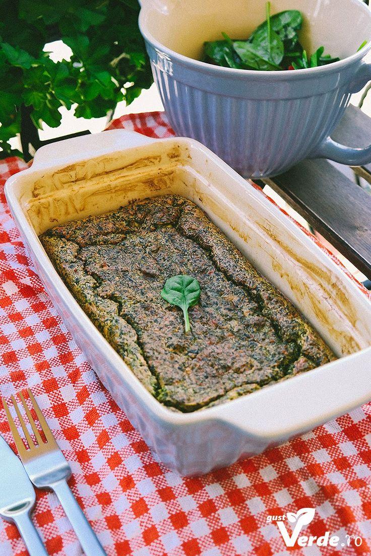 Gust Verde: Sufleu de branza de oaie si spanac.