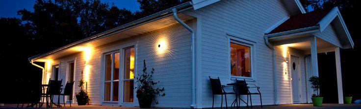 Sparven är ett något mindre hus med många möjligheter. Fyra planlösningar som standard, men som alltid är det du som bestämmer hur du vill att det ska se ut.