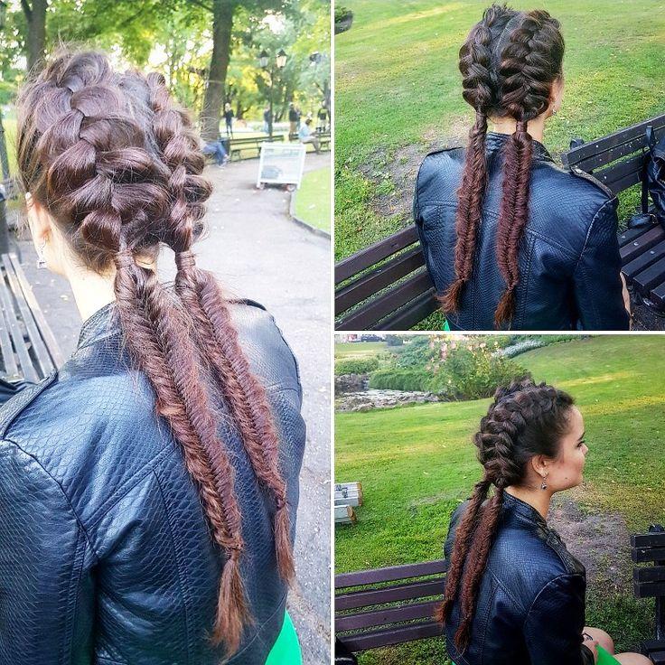 Идея прически для длинных волос. 2 объемные французсуие косы, переходящие в колоски