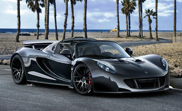 Steven Tyler`s New Hennessey Venom GT Spyder -  Steven Tyler clearly prefers life in the 'fast lane' for the 'American Idol' judge and Aerosmith frontman has recently bought himself the fastest roadster in the world, the Hennessey Venom GT Spyder.