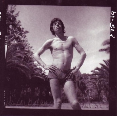 .: At The Beaches, Jagger Photographers, Style Icons, The Rolls Stones, Rare Photos, Rocks, People, Mick Jagger, Photography Inspiration