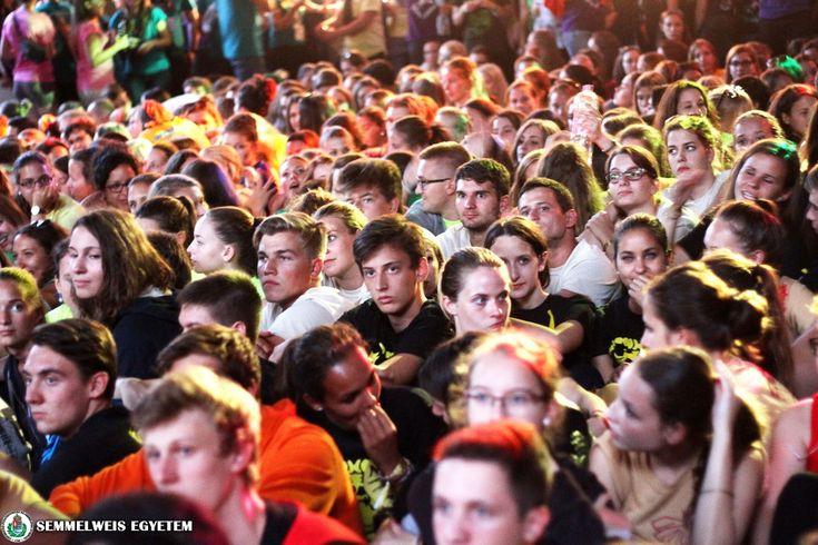 Több mint félezren vettek részt a Semmelweis Egyetem gólyatáborában | Semmelweis Hírek