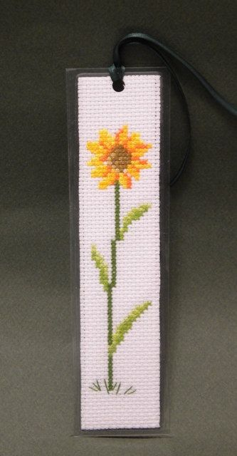 EMBROIDERY – CROSS-STITCH / BORDERIE / BORDUURWERK – FLOWER / FLEUR / BLOEM - SUNFLOWER / TOURNESOL / ZONNEBLOEM - Cross Stitch Pattern, Sunflower Bookmark, by Ogusstudio on Etsy