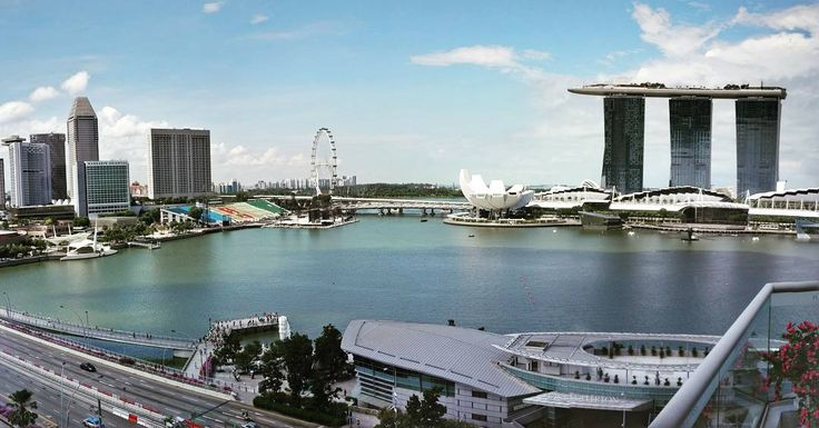 Singapore do have amazing view from The Lighthouse Restaurant & Rooftop Bar  #Fullerton #hotel #resturant #yoursingapore #singapore #view