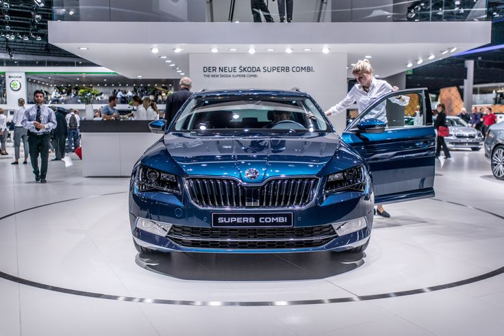 Revolutionised, emotionally-rich, classy, sublime – the new ŠKODA Superb's design language  The design language's clear geometry, striking contoured surfaces, sculptural shapes, purist precision and elegant lines – as if crafted from a single block – are captivating #SKODAIAA #NEWSUPERB #SUPERB #SKODA