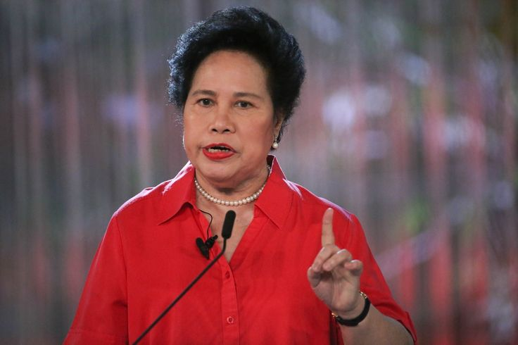 With less than two weeks to election day, presidential aspirant Sen. Miriam Defensor Santiago assured the public that she can handle the strenuous demands of being elected to the highest position i...