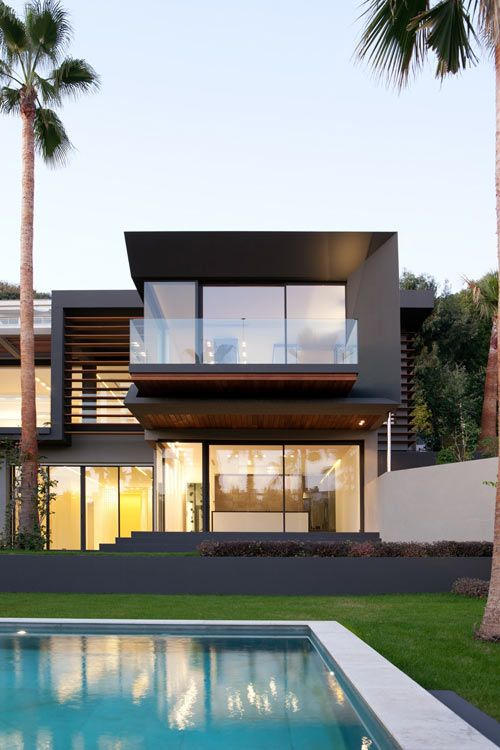 With their goal of building a private residence with clean lines and simplicity, the Villa C represents minimalism in a lush green environment. Designed by Studio Guilhem & Guilhem, the home is located in Cannes-La Californie, France and is full of linear geometries.