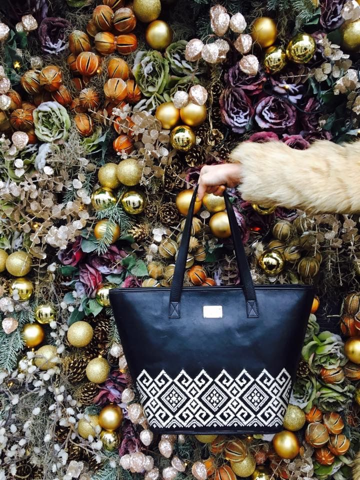 Christmas gifts come in beautiful handmade embroideries. #blackleather #iuttabags