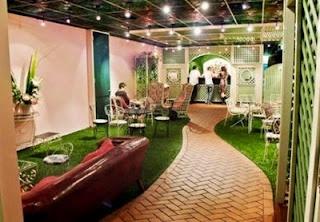 Madame Brussels Bar/Cafe