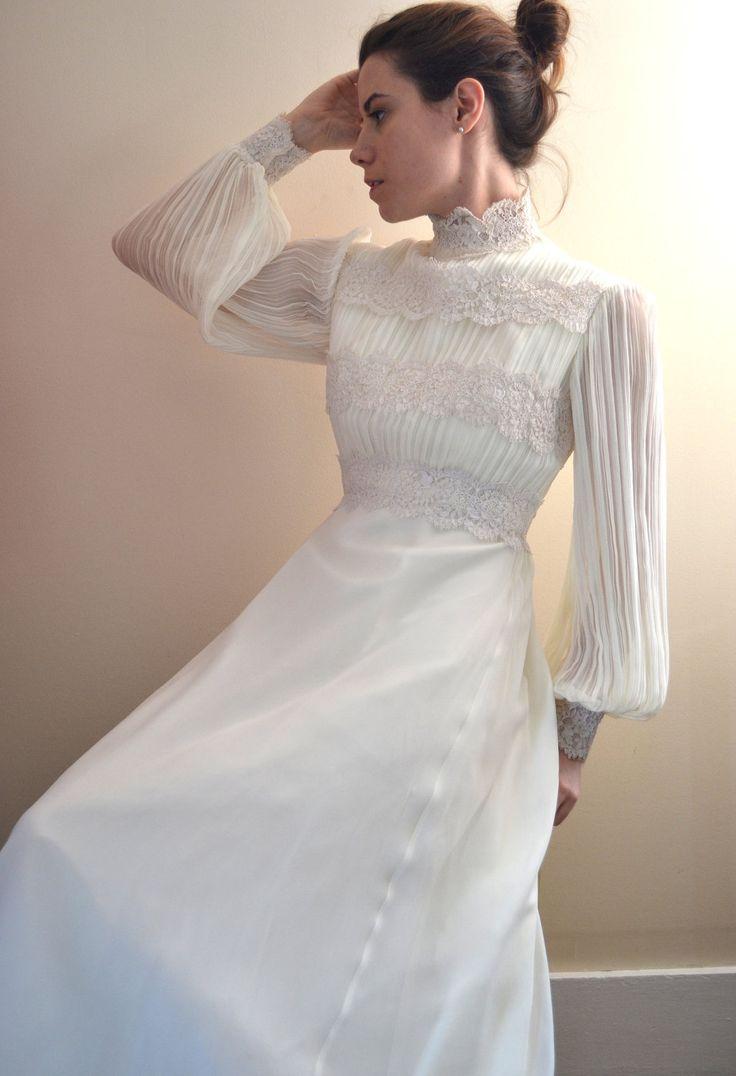 70s wedding dress / 1970s wedding dress / dreams come true. $142.00, via Etsy.