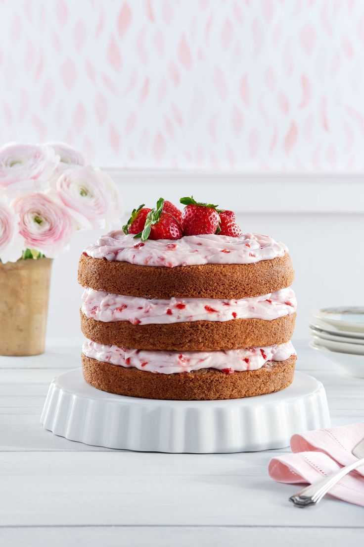 Strawberry Limeade Cake With Strawberry Cream Cheese Frosting