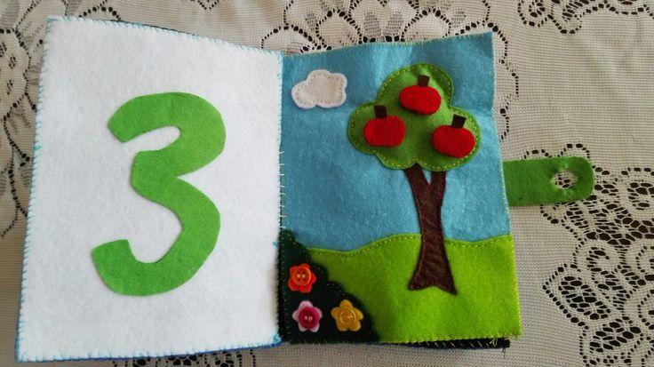 On the third day , God made the plants, trees and flowers. En el tercer día, Dios hizo las plantas, los árboles y las flores