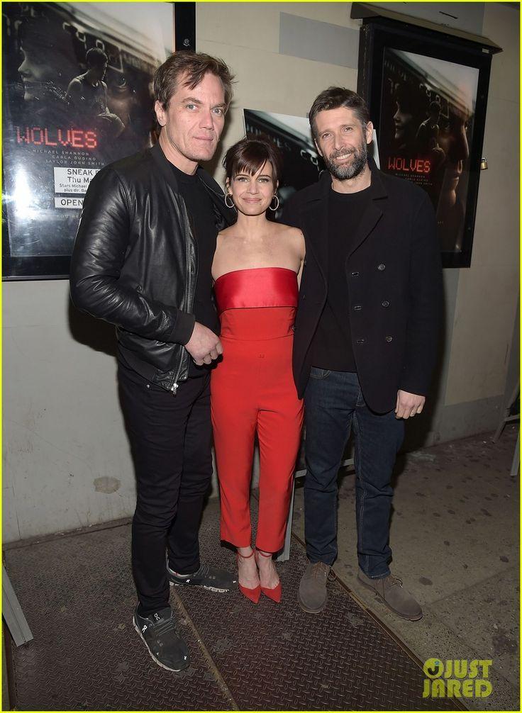 Julianne Moore Supports Husband Bart Freundlich at 'Wolves' Screening | bart freundlich julianne moore wolves screening 01 - Photo