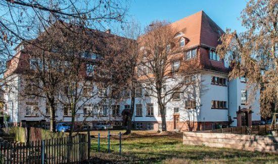 260.000 Euro von der Stadt http://www.morgenweb.de/region/bergstrasser-anzeiger/bensheim/1.3063923