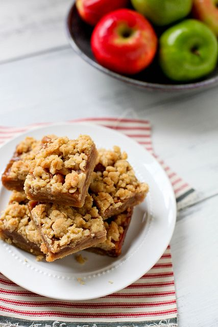 Caramel Apple Crumble Bars (from http://annies-eats.com/2012/09/07/caramel-apple-crumble-bars/)