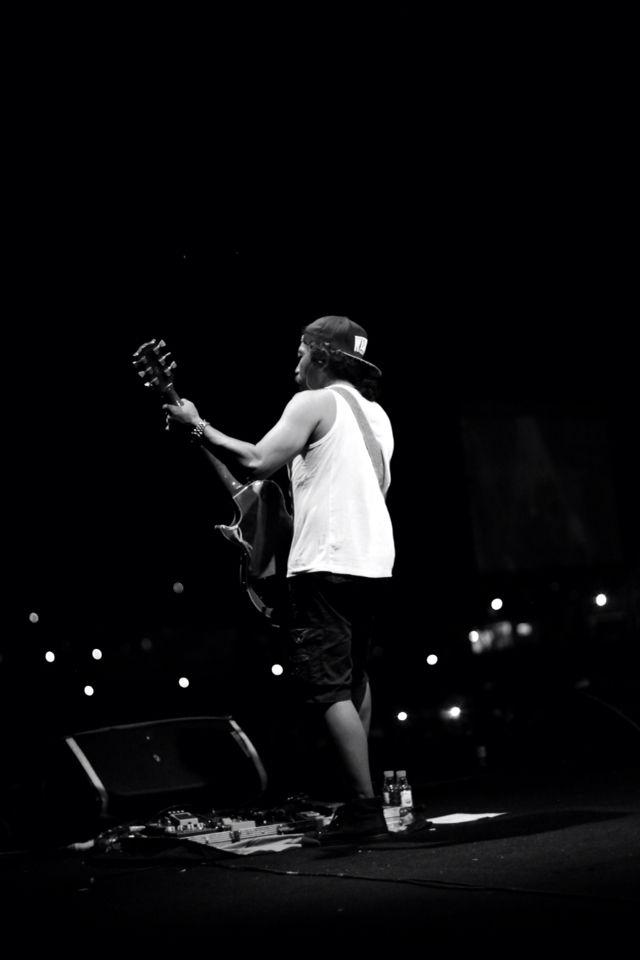 Sonata iwanfals band #konser #konserbersih #gitaris