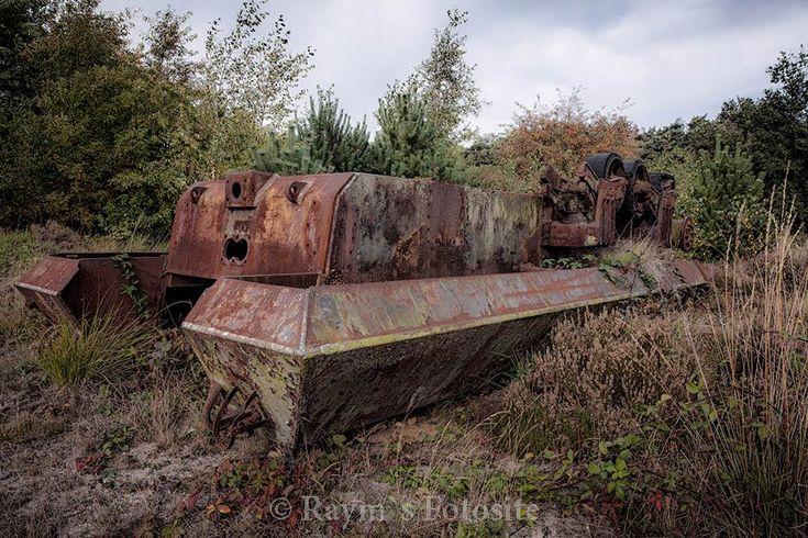 verlaten Legervoertuigen,urbex,België,tanks,urbexlocatie,schietbaan