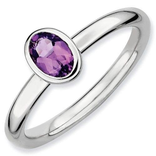 Stříbrný prsten s fialovým ametystem  #ametyst #ametystovyprsten #prstenysametystem #fialovydrahokam #prsteny #stribrneprsteny #prstenystribro #diamanty #diamantoveprsteny #snubniprstenypraha