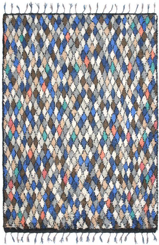 Dywan wełniany, wielokolorowy. Wymiary: 240*170 Cena: 3899 zł nordicdecoration.com