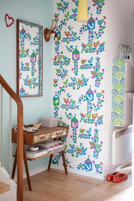 got to get me some vintage wallpaper!Foyers Wallpapers, Interiors Decoratingstyl, Decor Ideas, Vintage Wallpapers, House Ideas, Wallpapers Ideas, Decor Projects, Small Spaces, Accent Wall