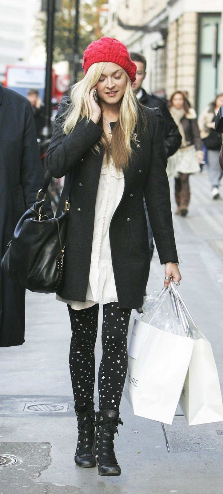 fearne cotton style - i like the tights and the colour pop hat