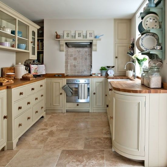 Neutral kitchen with feature plate rack