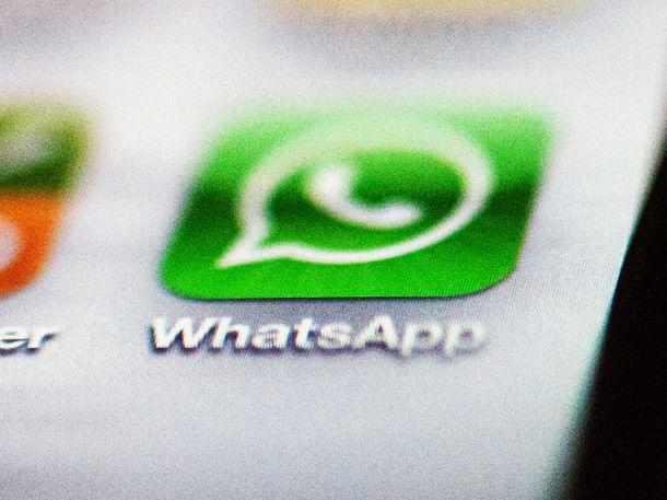 Das neue WhatsApp-Update lohnt sich! Ab jetzt kannst du dein Konto mit einem persönlichen Code sichern. Wer deinen PIN nicht kennt, hat