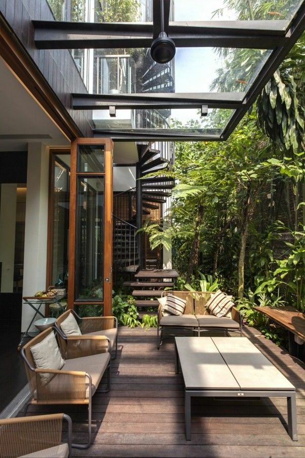25+ Best Ideas About Windschutz Terrasse On Pinterest | Windschutz ... Veranda Mit Uberdachung Haus Fruhling