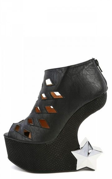 If I were brave enough for heel less shoes.