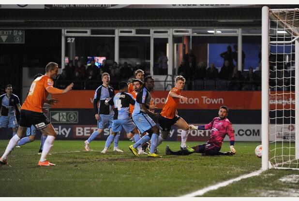 Luton Town 2 Wycombe Wanderers 3
