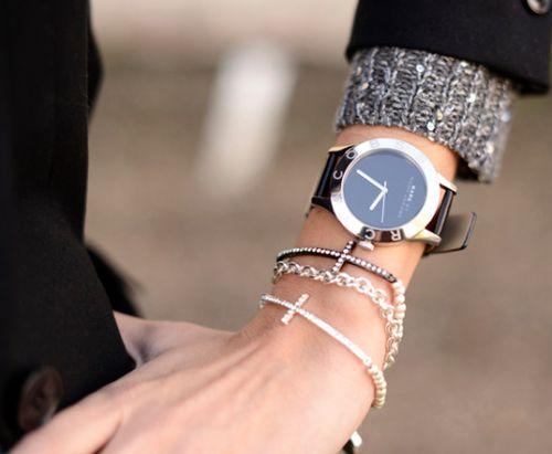 Simple statement watch, delicate bracelets.
